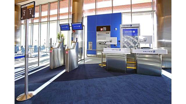 united-airlines-boston-boarding-gate-2014-600xx900-600-0-0.jpg