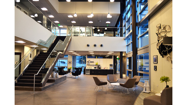 Landmark-SAN-Lobby.jpg