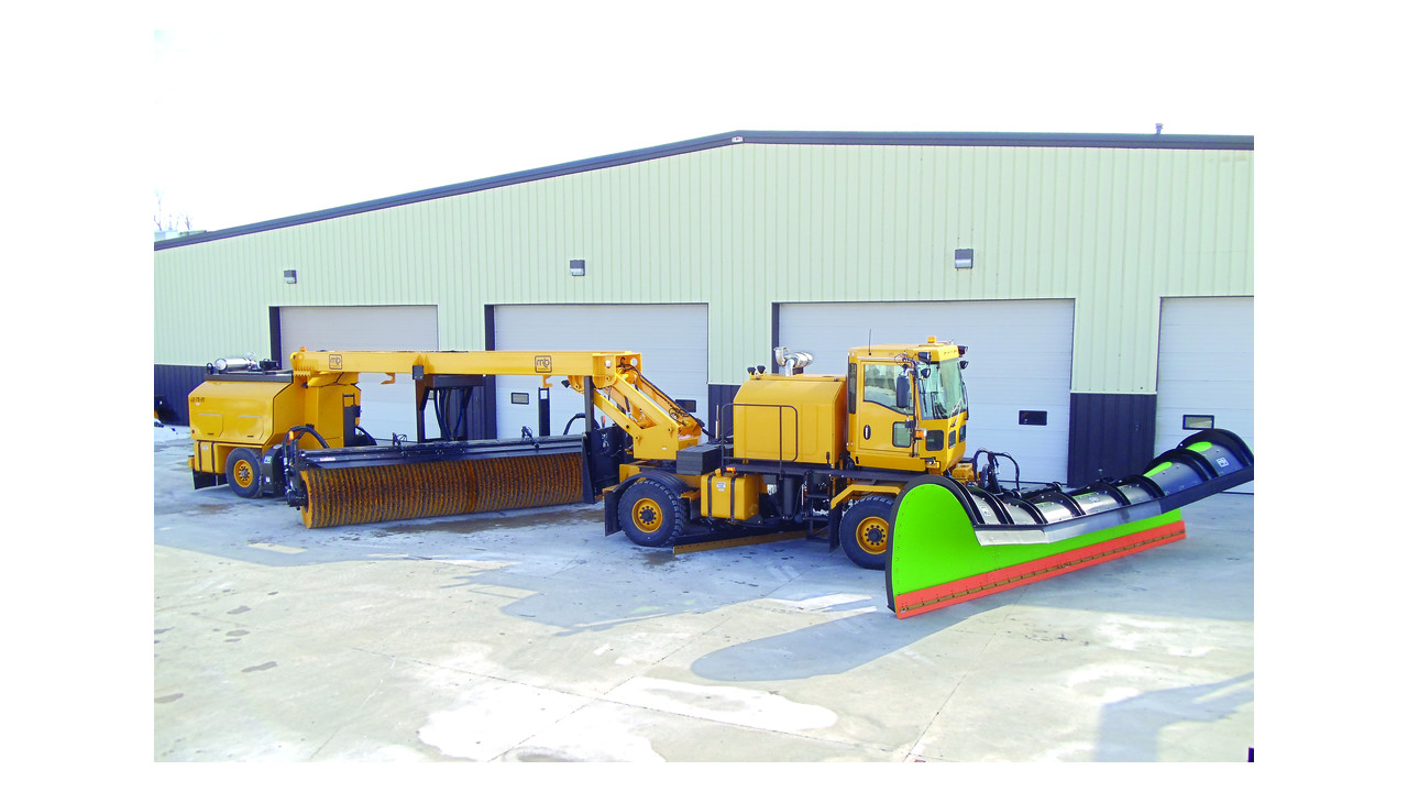 Airport Snow Removal Chassis Aviationpros Com