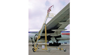 aircraft mobile ladder access platform