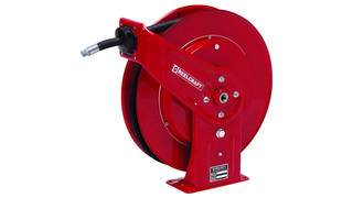 DEF dispensing hose reels
