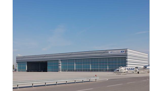 Airport-Vienna.jpg