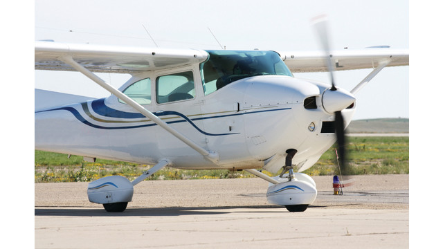 small-plane_11063121.psd