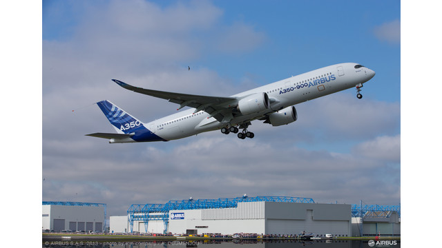 A350-XWB-MSN1-TAKE-OFF1.jpg