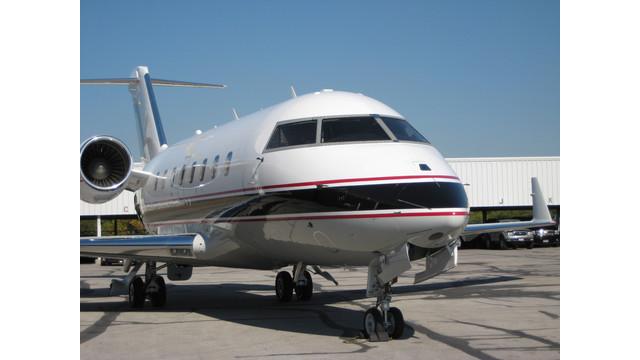 un-Challenger-604-with-certified-Kollsman-EVS-II.JPG