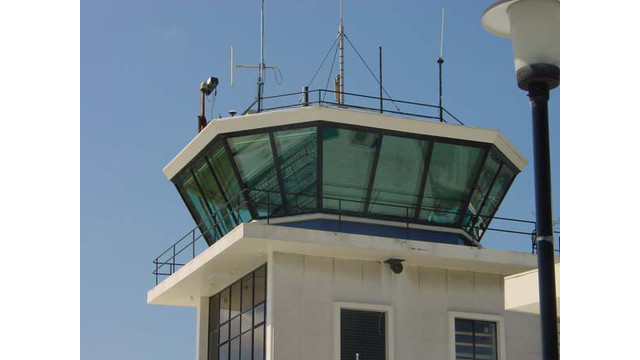 control-tower-airport_10941285.jpg