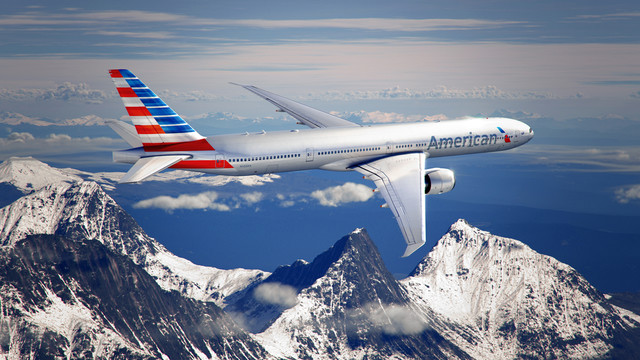 American Airlines Lets Passengers Who Are Traveling Light Board Earlier