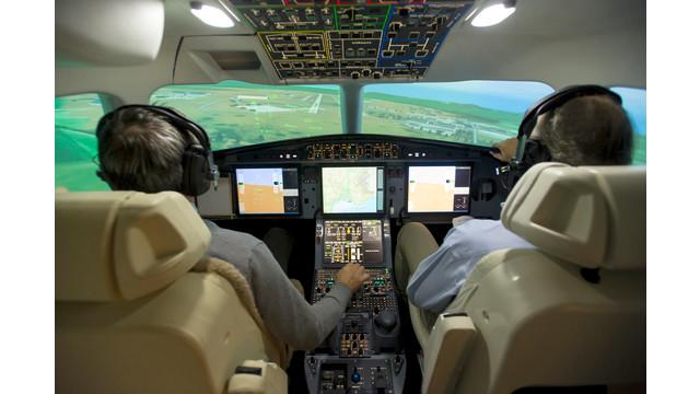DassaultFalcon075-STR0064.jpg