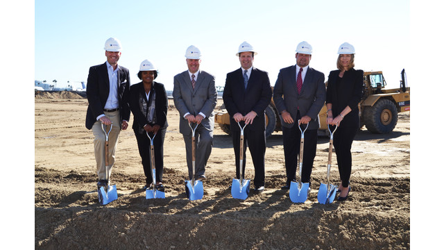 Landmark-SAN-Groundbreaking-Group-Photo.jpg