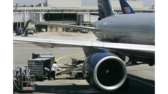 la-me-ln-lax-worker-death-20140225-001.jpg