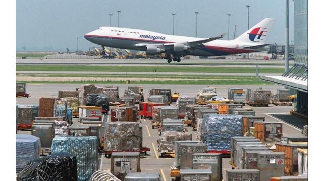 U.S. Extends Air Cargo Screening Program