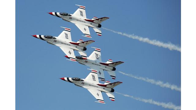 Thunderbirds-diamond-formation---USAF-Larry-Reid-Jr1.jpg