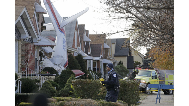 Small Plane Crashes Into Chicago Home