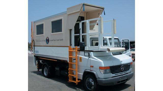 ambulancetruck_10025072.tif