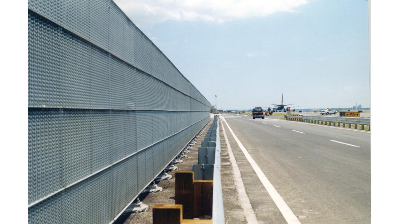 Blast Safe Tm Jet Blast Perimeter Security Fence