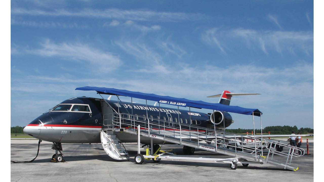 Turboway Regional Boarding Ramp Aviationpros Com